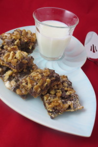 Not only is Rocky Road Cookie Bars a super quick and easy recipe, it can also be made gluten-free AND dairy-free!