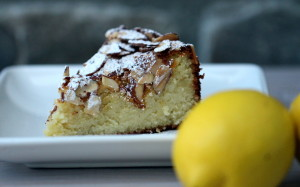 Lemon-Scented Almond Flourless Cake