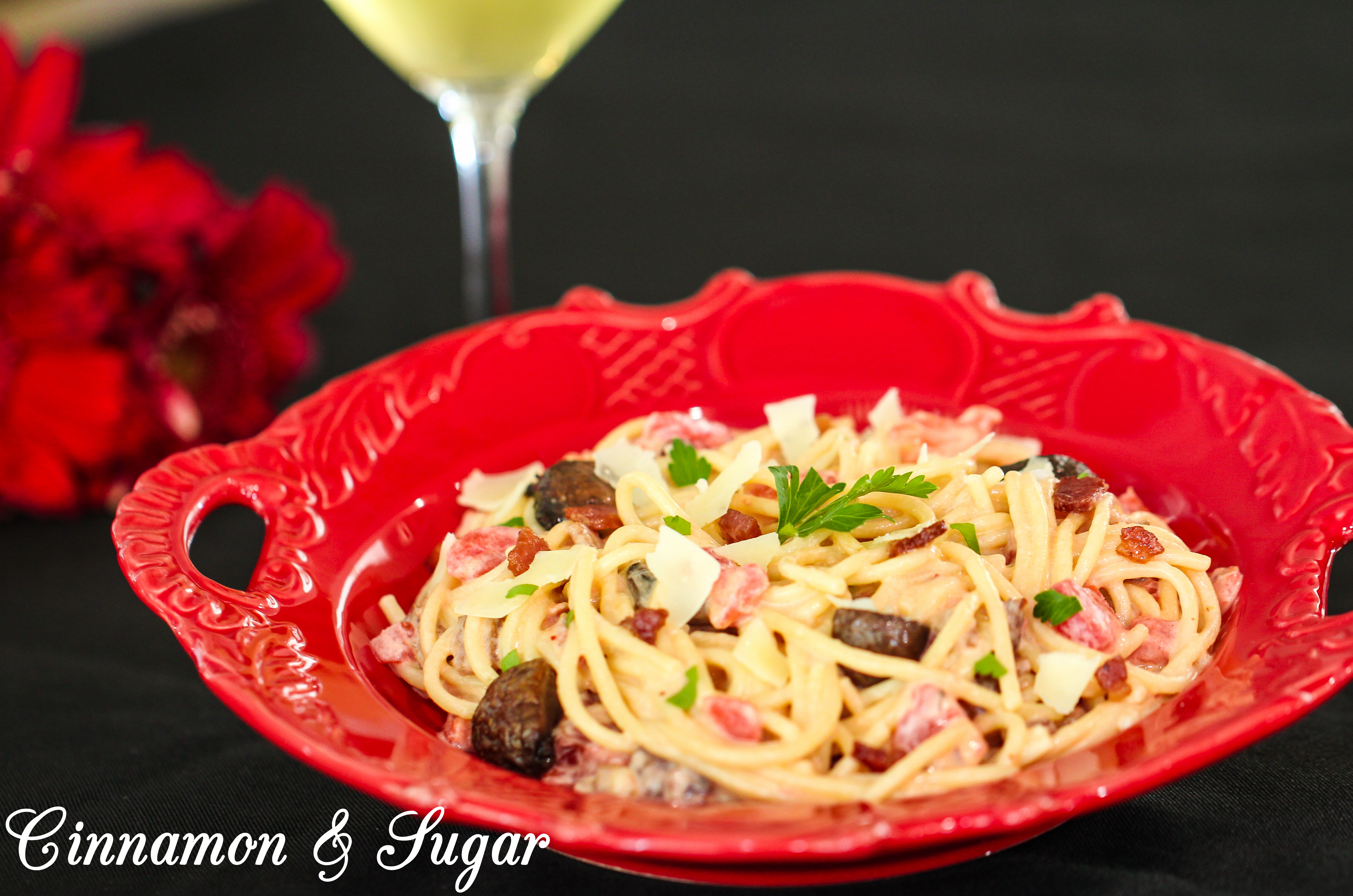 Pasta with Bacon and White Wine Sauce - Cinnamon and Sugar