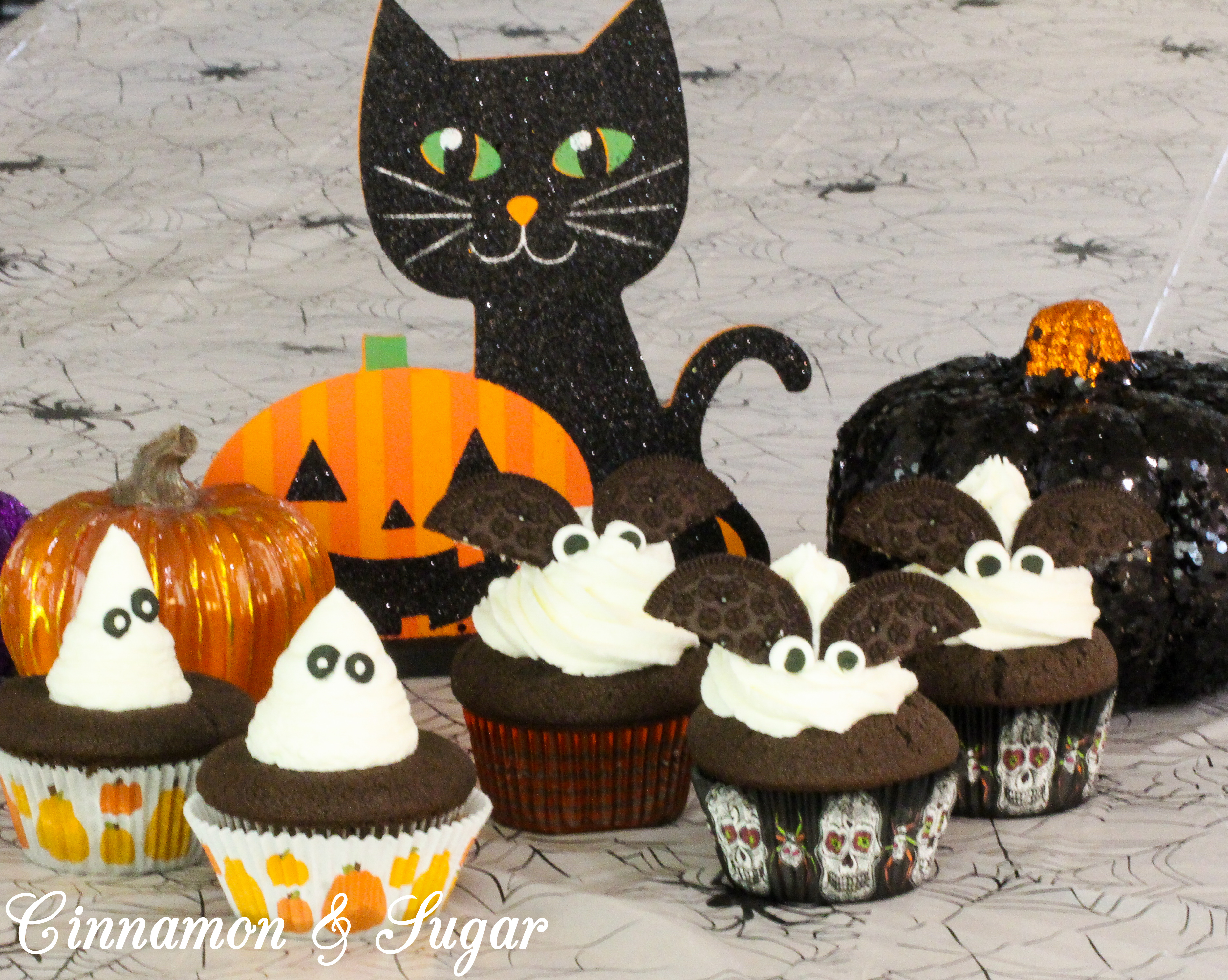 Spooky Surprise (Cookie Dough) Cupcakes!