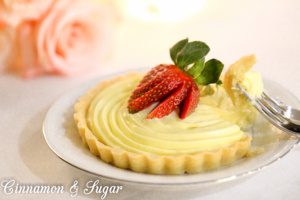 Mini Strawberry Tarts are flaky, buttery crusts which provide the perfect platform for the rich, creamy custard & garnished with juicy, sweet strawberries.