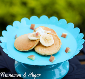Even though these are a special treat for your favorite pup, Banana-Apple Pupcakes will appeal to humans as well with their fruity, whole-grain goodness!