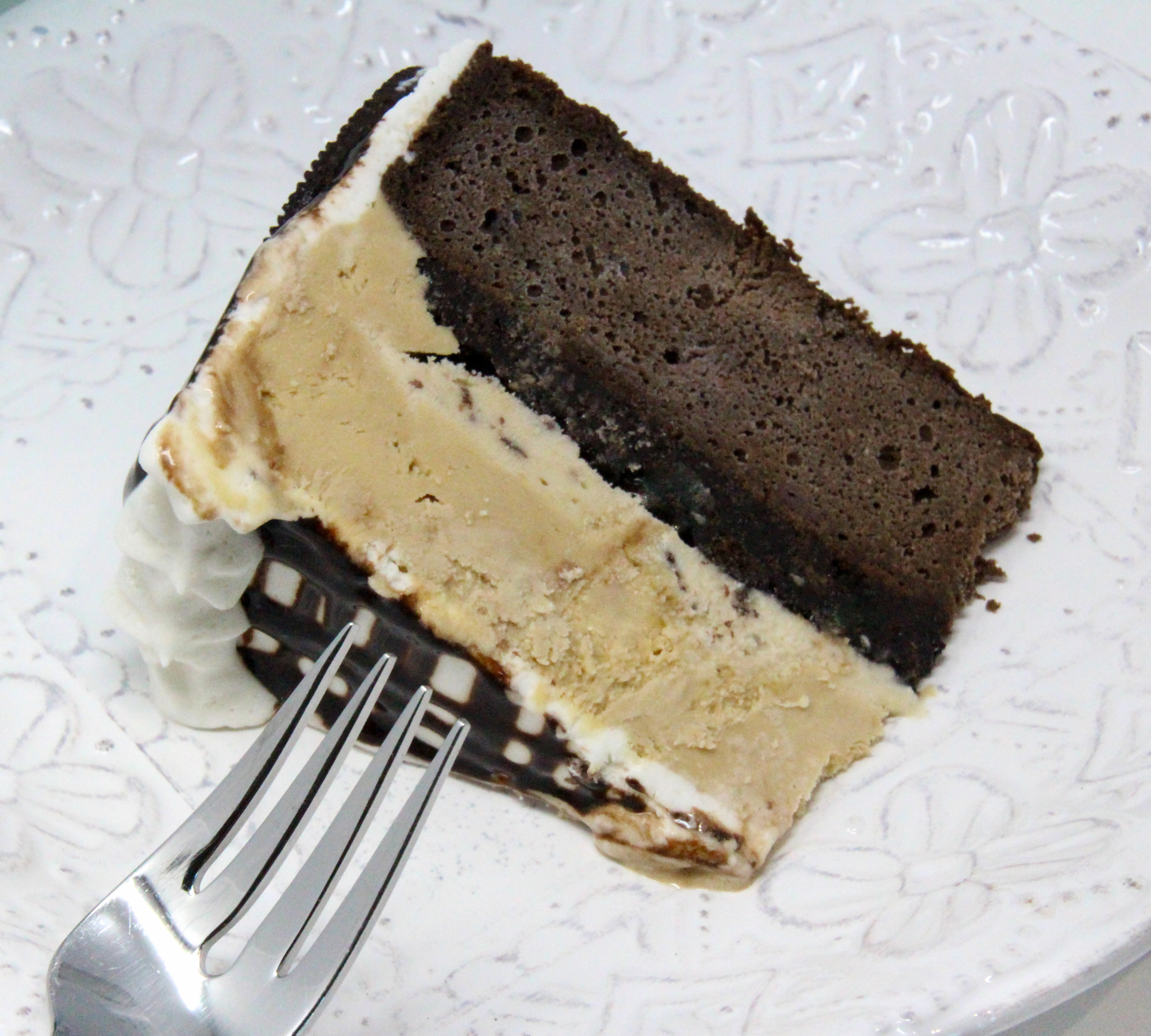 River's Ice Cream Cake is a delectable frozen treat that when served makes any occasion extra special. Using convenience products, it's easier to make than you might think. Recipe shared with permission granted by Maggie Toussaint, author of SHRIMPLY DEAD.
